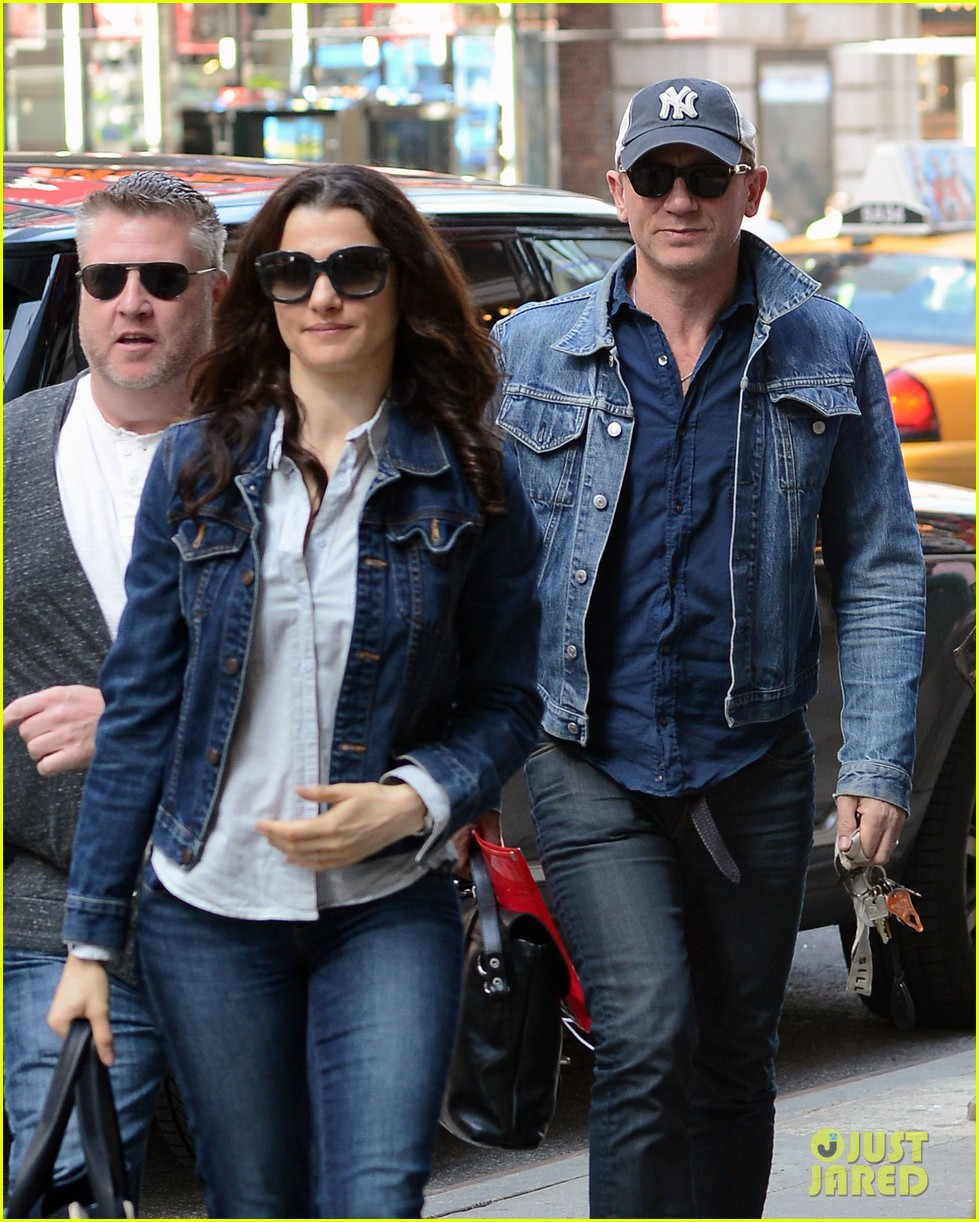 daniel craig rachel weisz denim jacket duo 17
