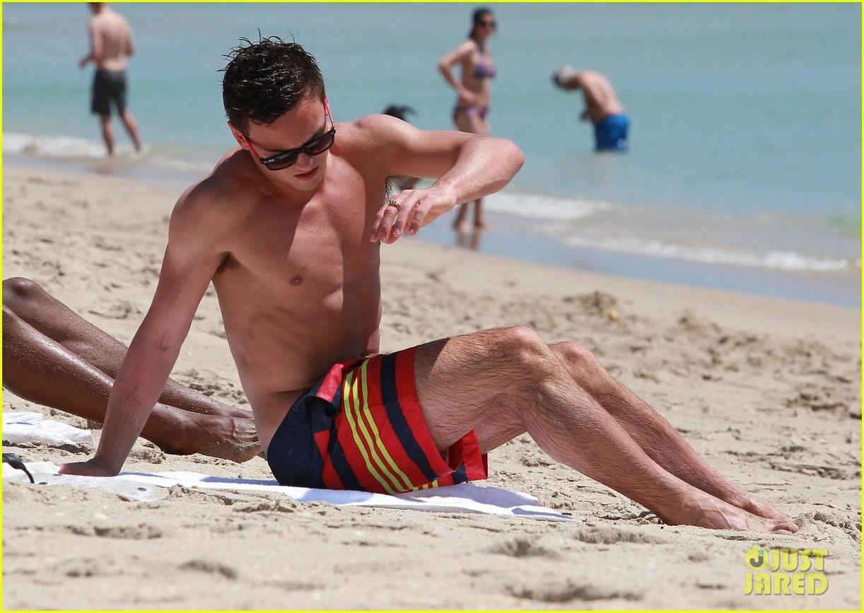 tom daley shirtless beach vacation 132866023