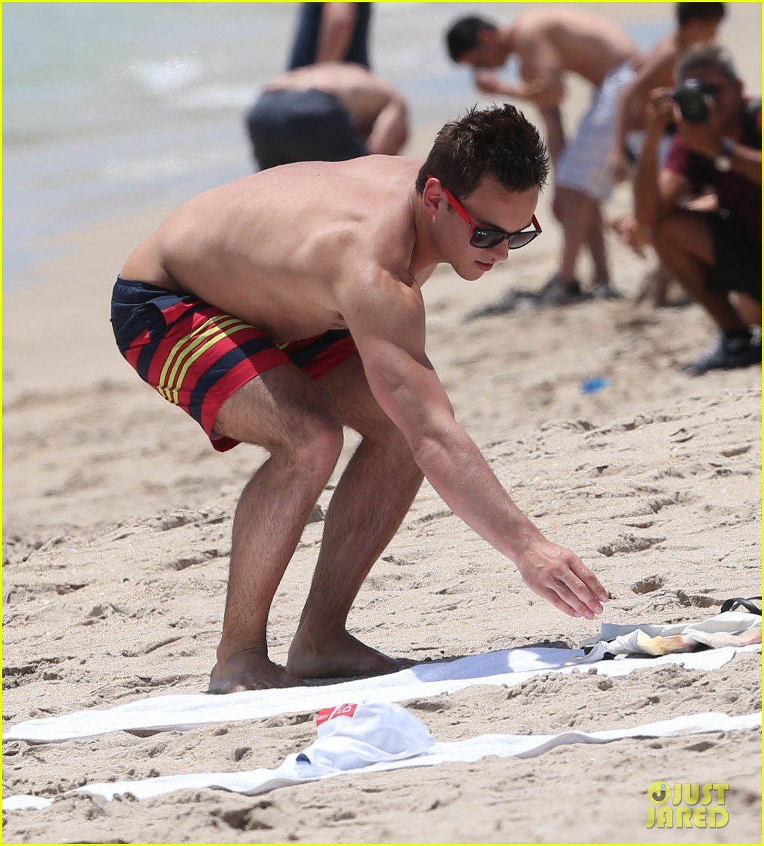 tom daley shirtless beach vacation 192866029