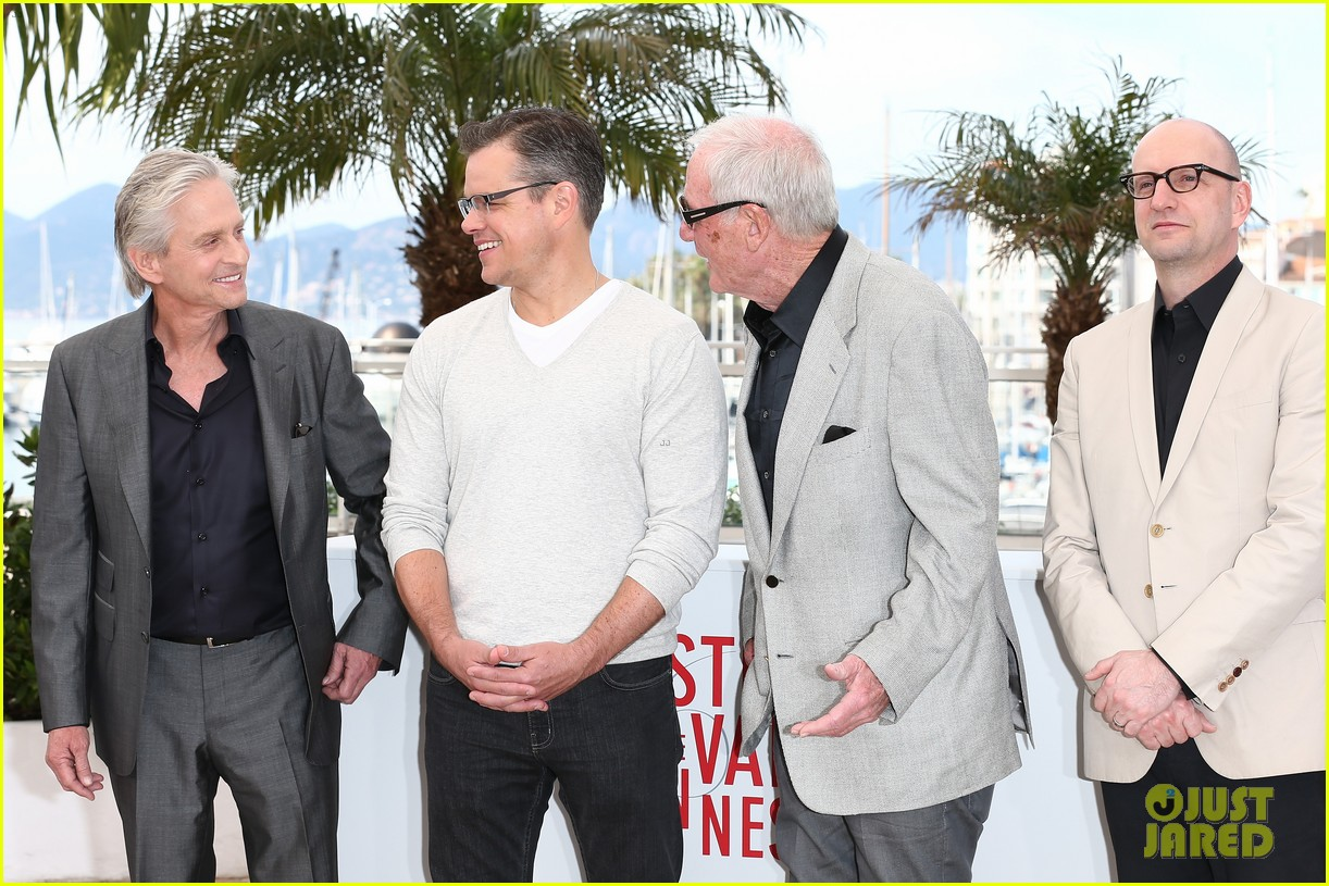 matt damon michael douglas cannes behind the candelabra photo call 062875311