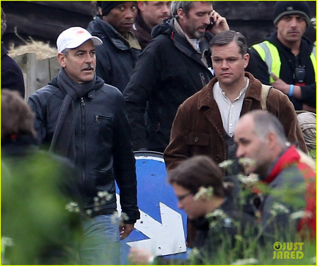 matt damon george clooney get to work on monuments men 14