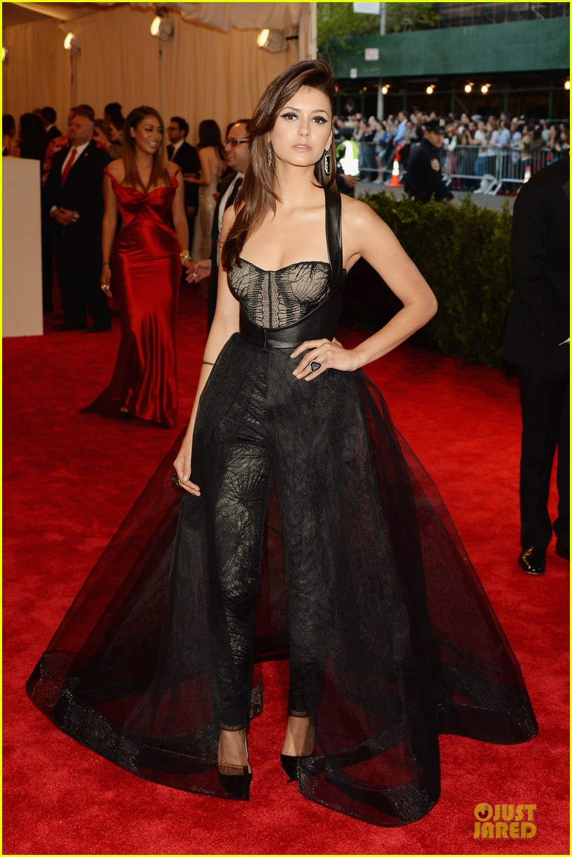 nina dobrev met ball 2013 red carpet 032865132