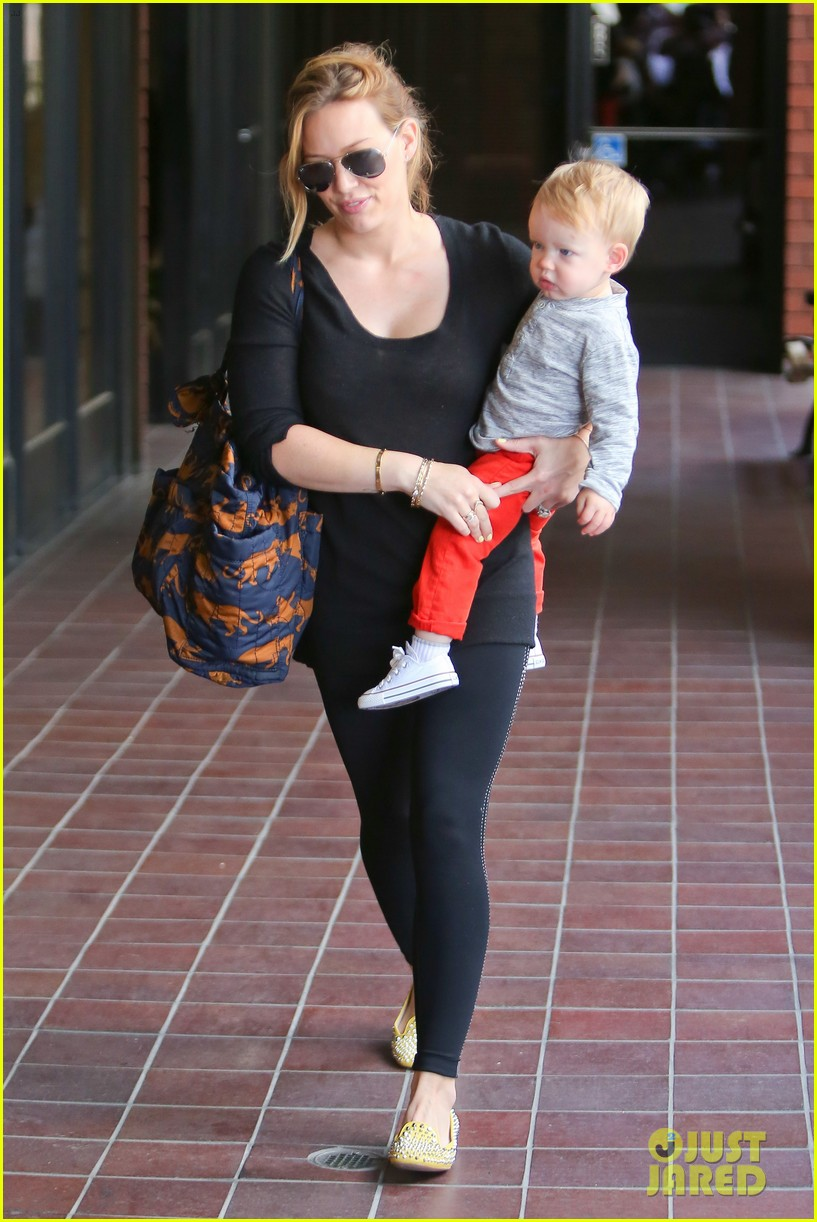 hilary duff luca gets his hair cut 032867666