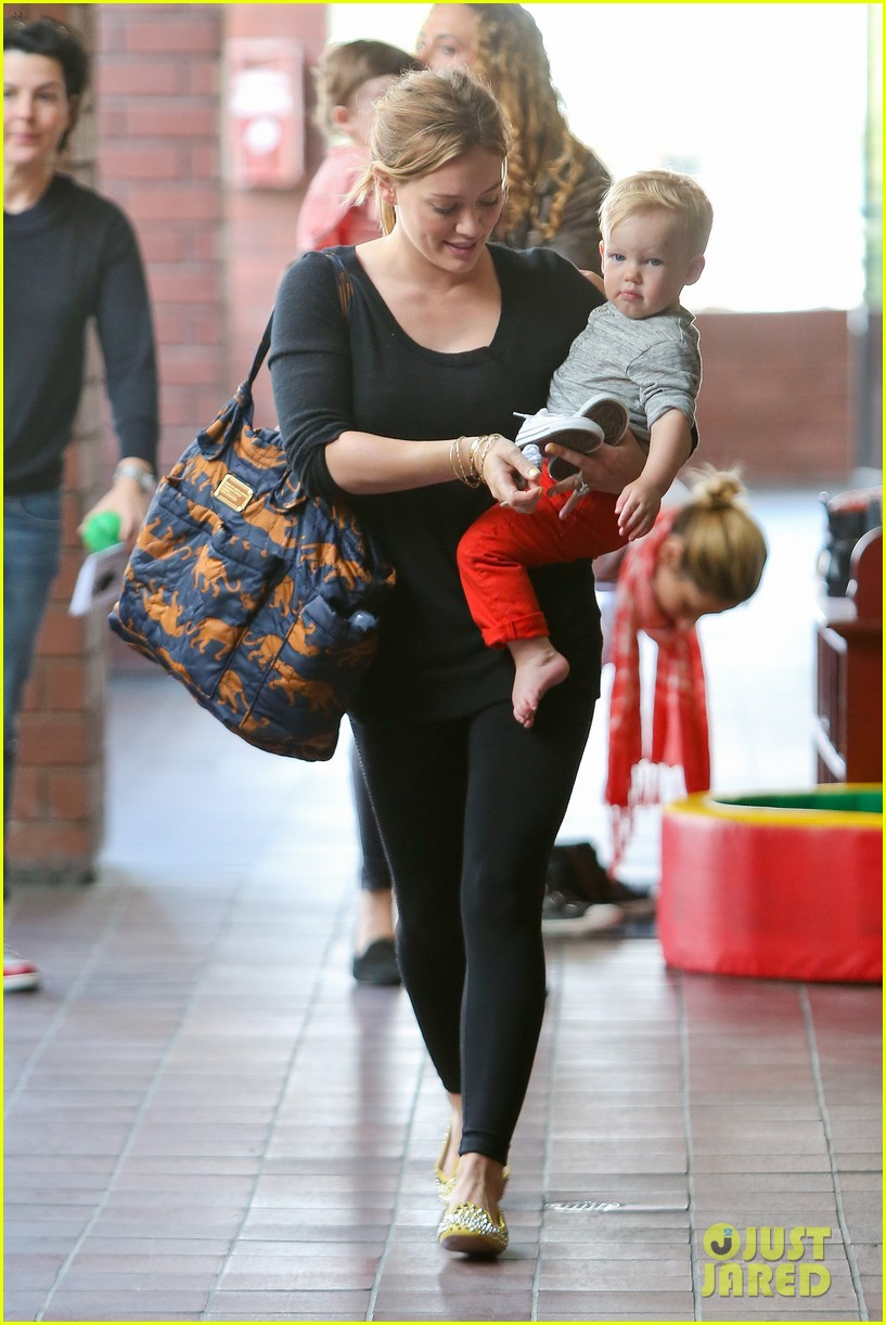 hilary duff luca gets his hair cut 112867674