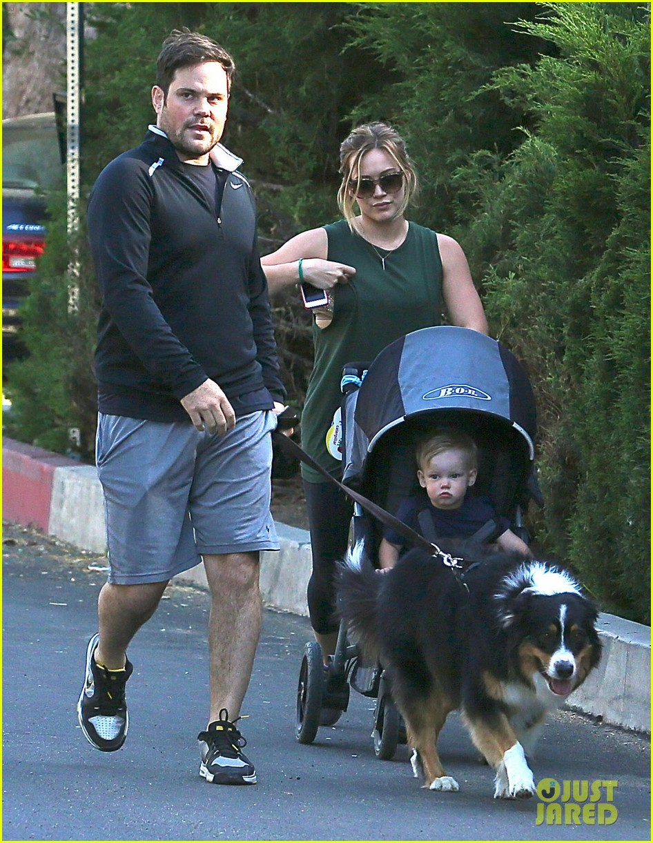 hilary duff mike comrie family hike with luca 122878270