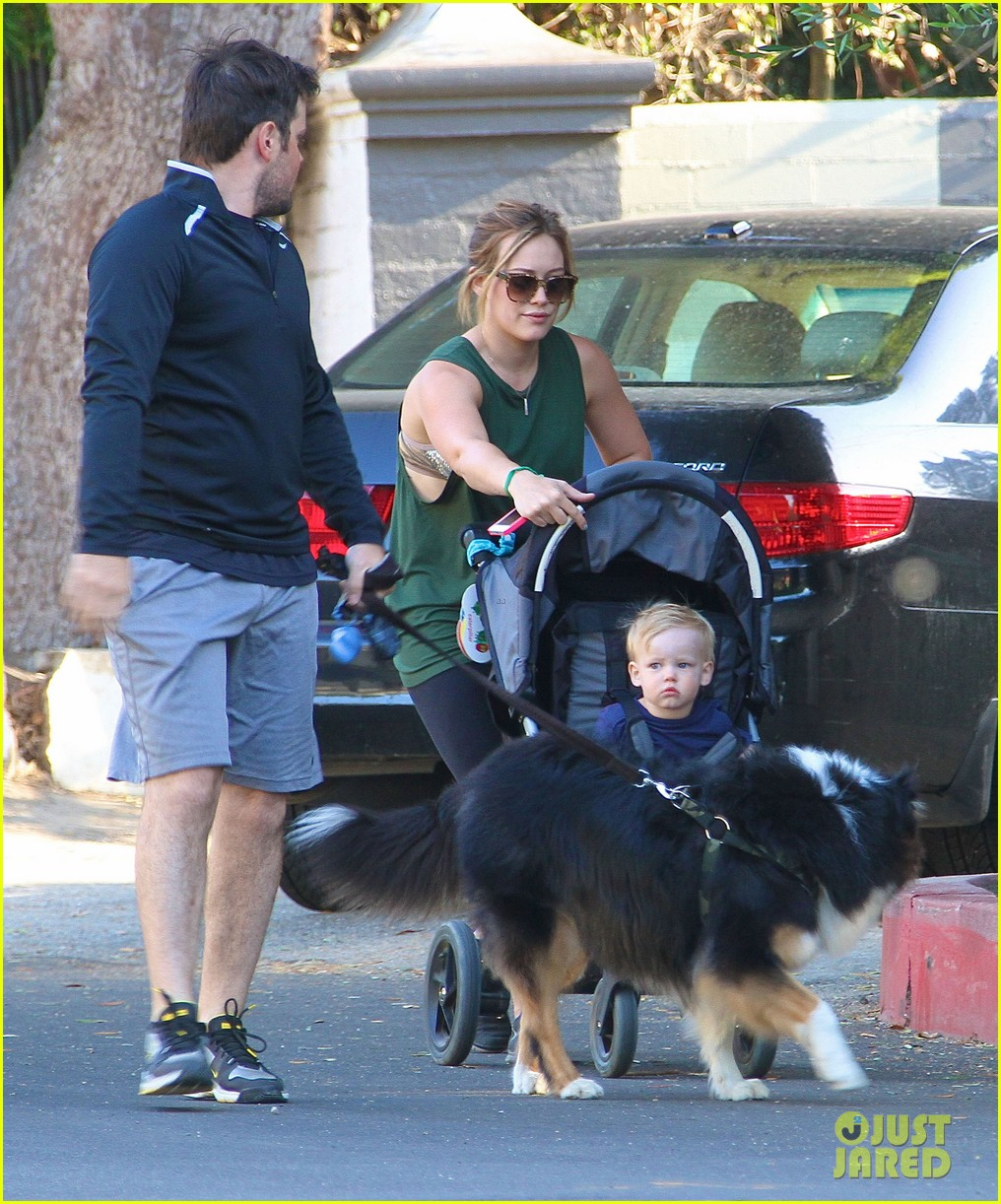 hilary duff mike comrie family hike with luca 142878272