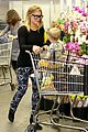hilary duff luca mommy and me class with mom susan 14