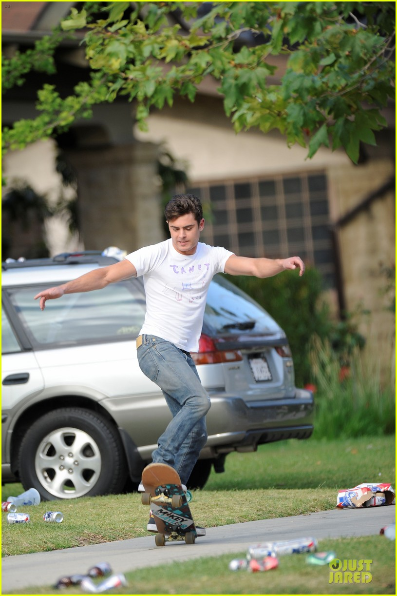 zac efron abs flashing townies basketball set 03