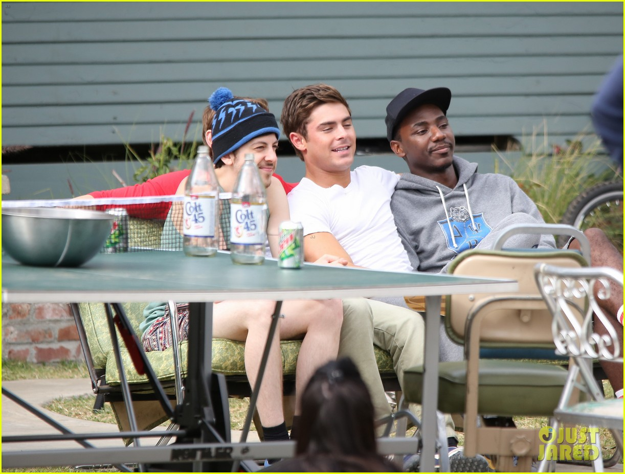 zac efron sweats it out with dave franco on townies set 232867035