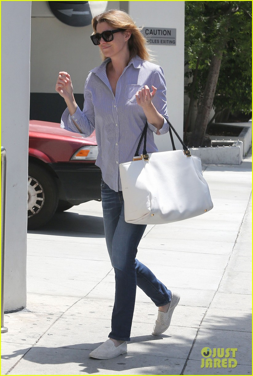 ellen pompeo gives greys anatomy showrunner funny nickname 082867336