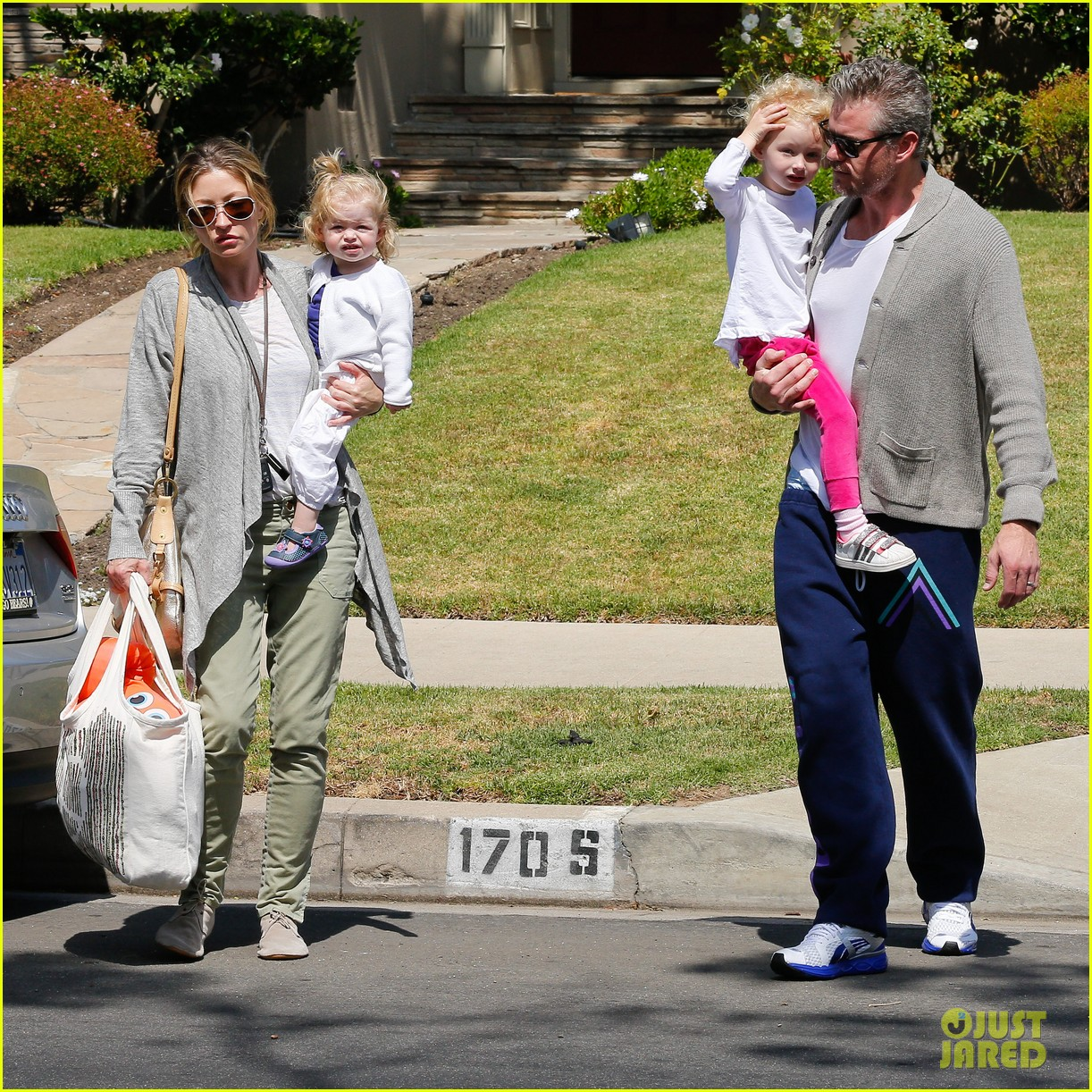 eric dane rebecca gayheart birthday party with the girls 182879047