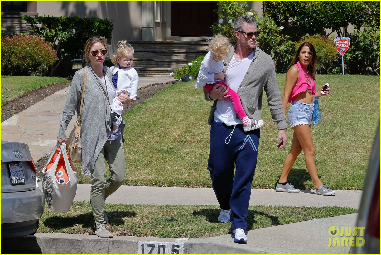 eric dane rebecca gayheart birthday party with the girls 192879048