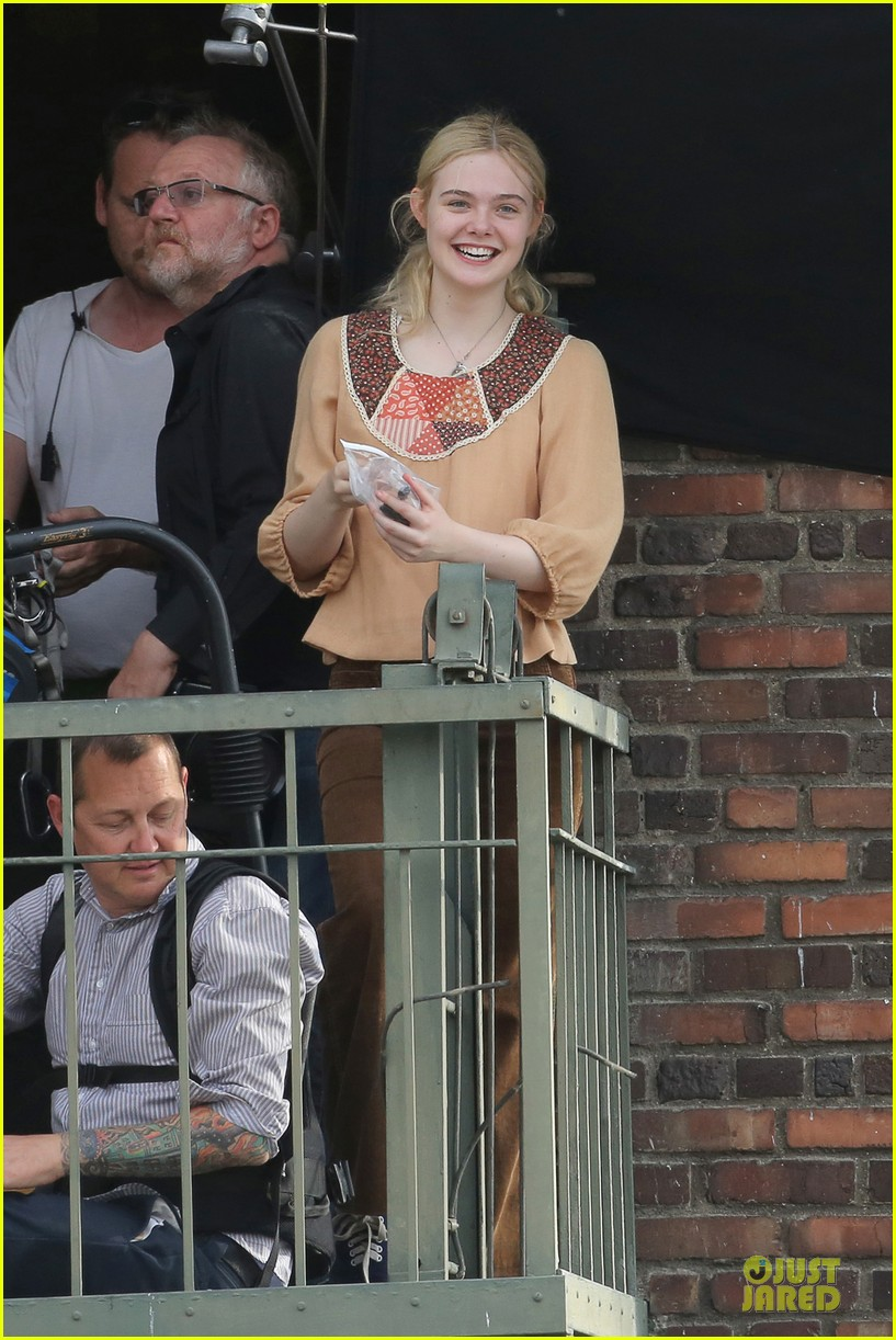 elle fanning low down set with peter dinklage 052868305