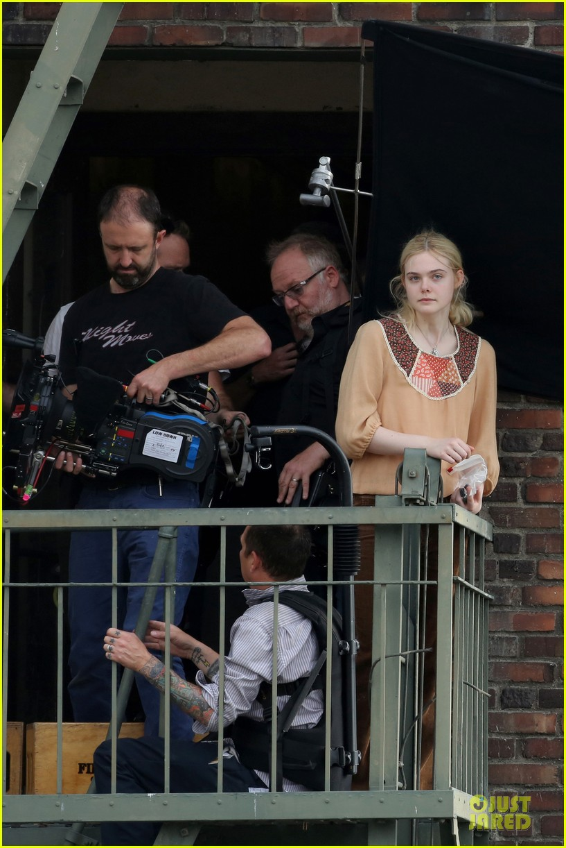 elle fanning low down set with peter dinklage 222868322