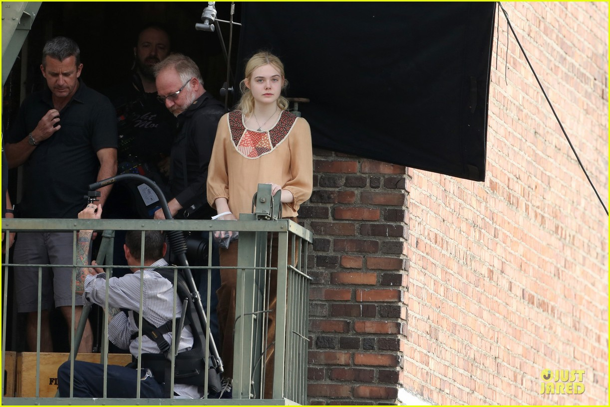 elle fanning low down set with peter dinklage 232868323