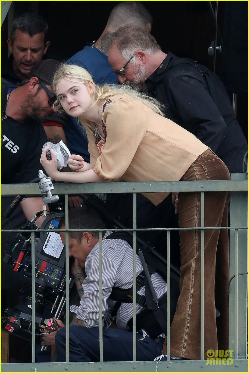 elle fanning low down set with peter dinklage 252868325