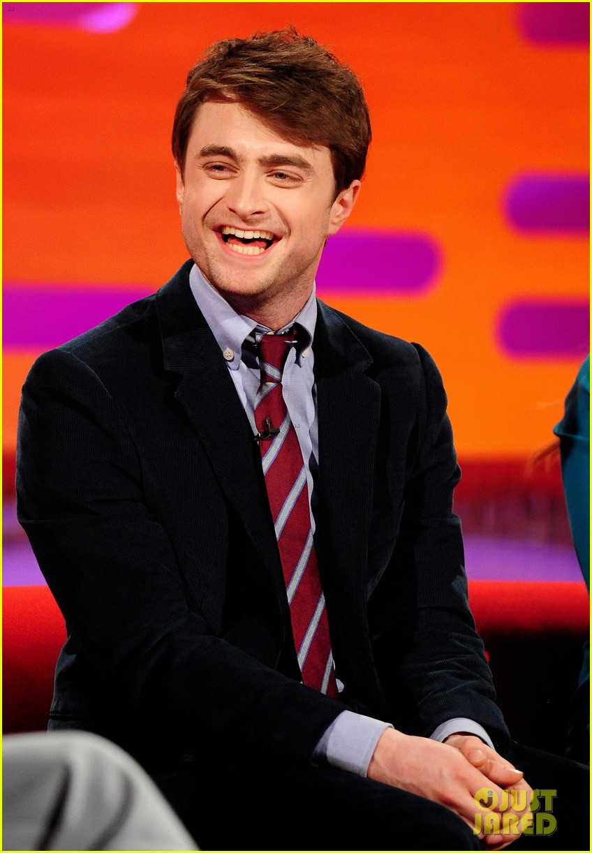 daniel radcliffe isla fisher graham norton show guests 042873188