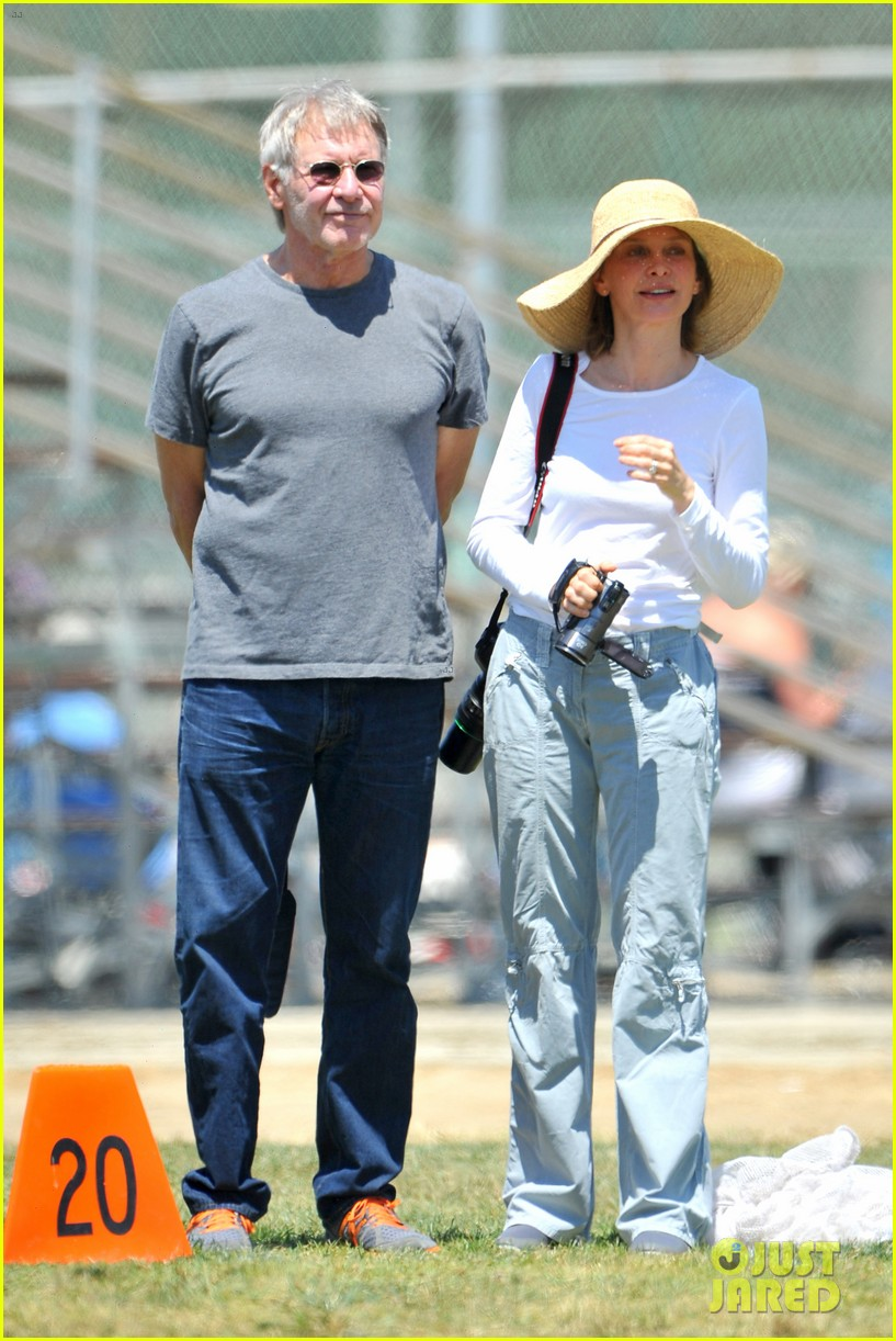 harrison ford calista flockhart liam soccer game 012868780