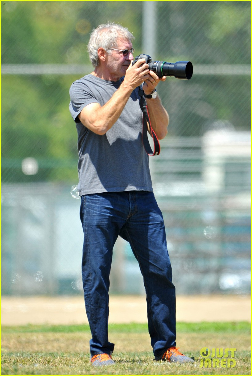 harrison ford calista flockhart liam soccer game 092868788