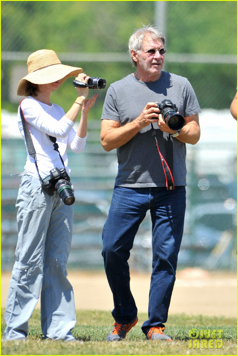 harrison ford calista flockhart liam soccer game 222868801