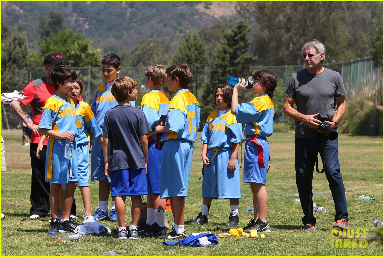 harrison ford calista flockhart liam soccer game 252868804