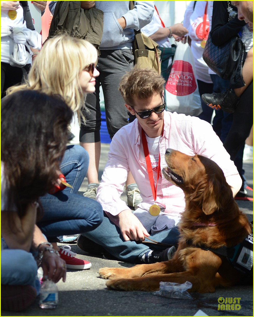 andrew garfield emma stone holding hands at eif revlon run walk 072863536