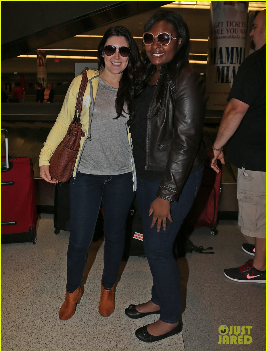 candice glover kree harrison jfk arrival for idol promo 032873207