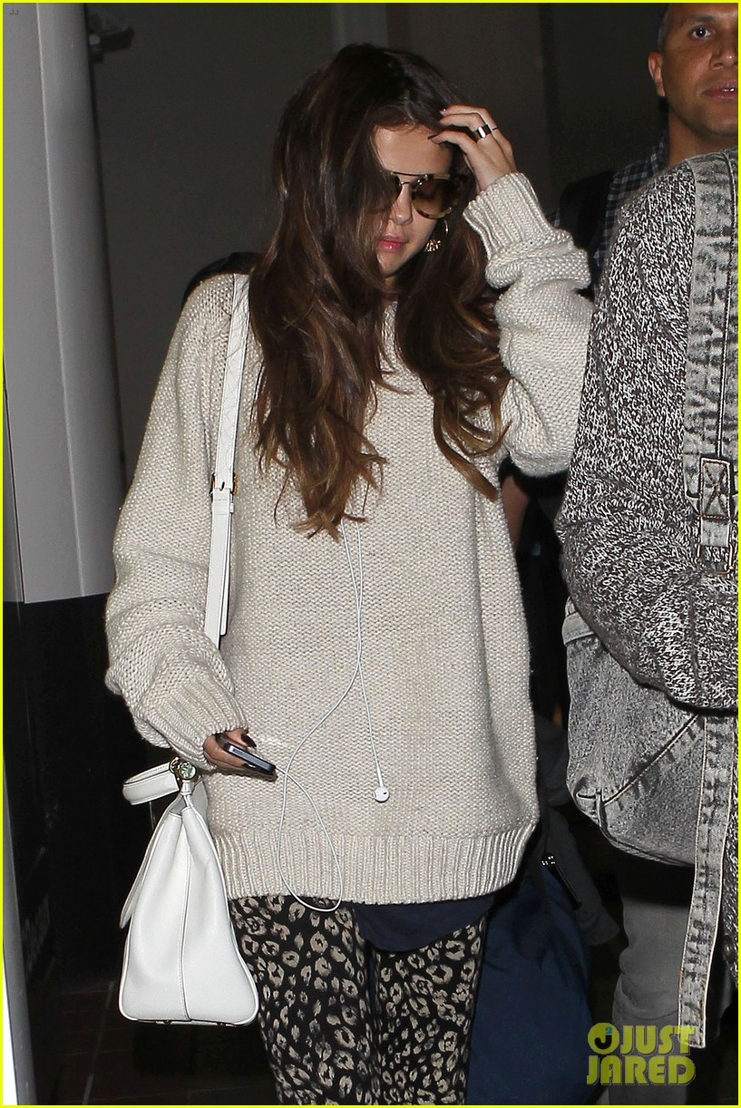selena gomez back in los angeles after press tour 072881233