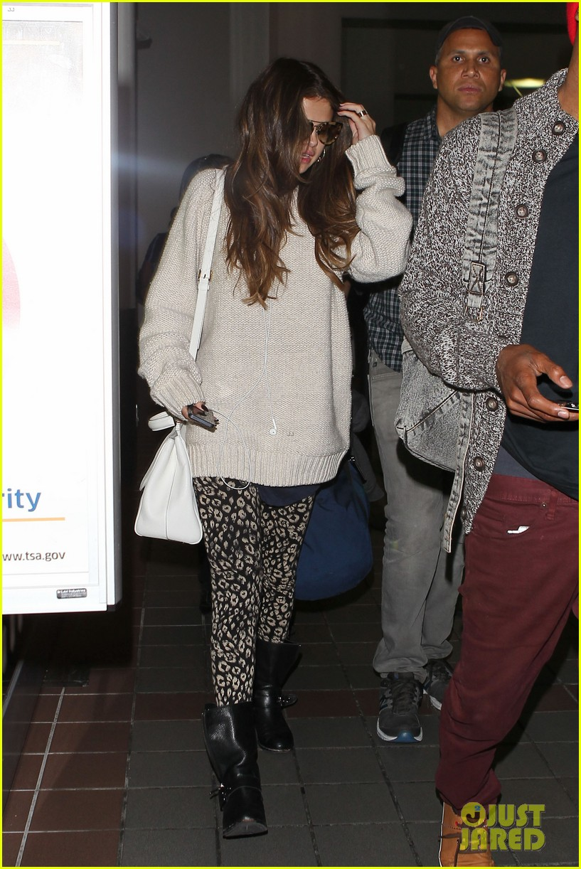 selena gomez back in los angeles after press tour 102881236