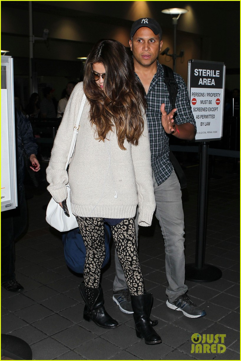 selena gomez back in los angeles after press tour 112881237