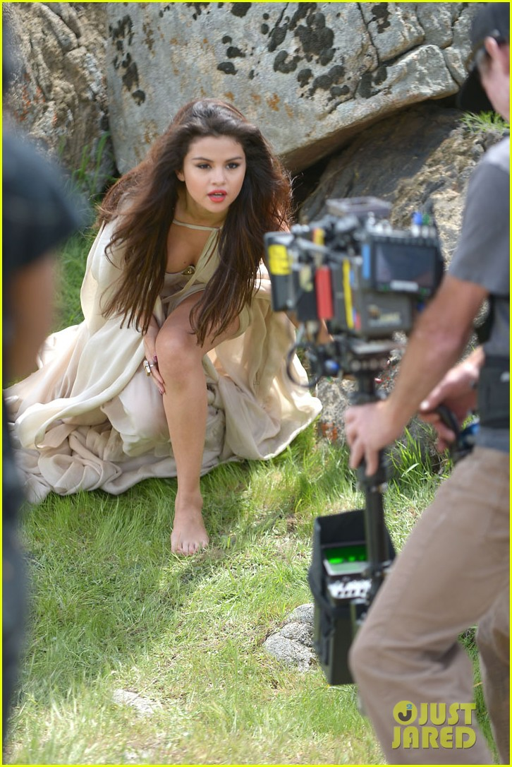 selena gomez come get it video shoot pictures 062866540