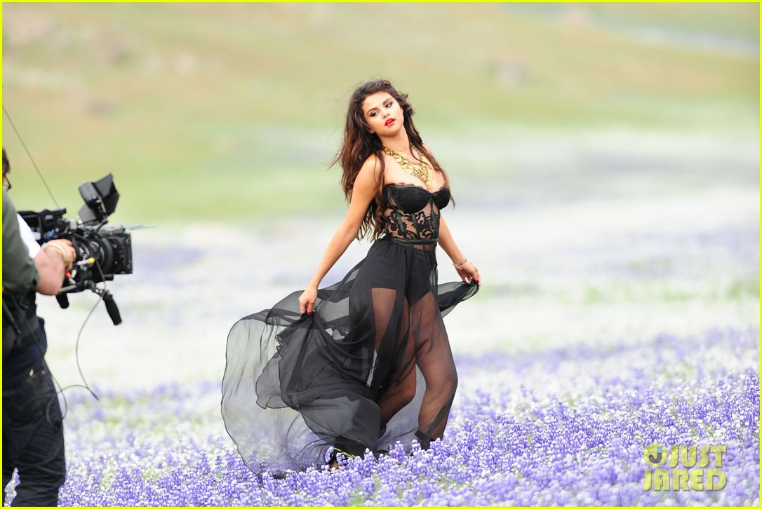 selena gomez come get it video shoot pictures 142866548