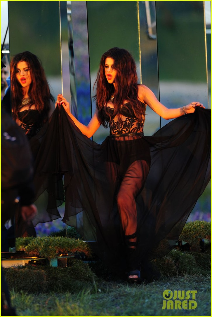 selena gomez come get it video shoot pictures 162866550