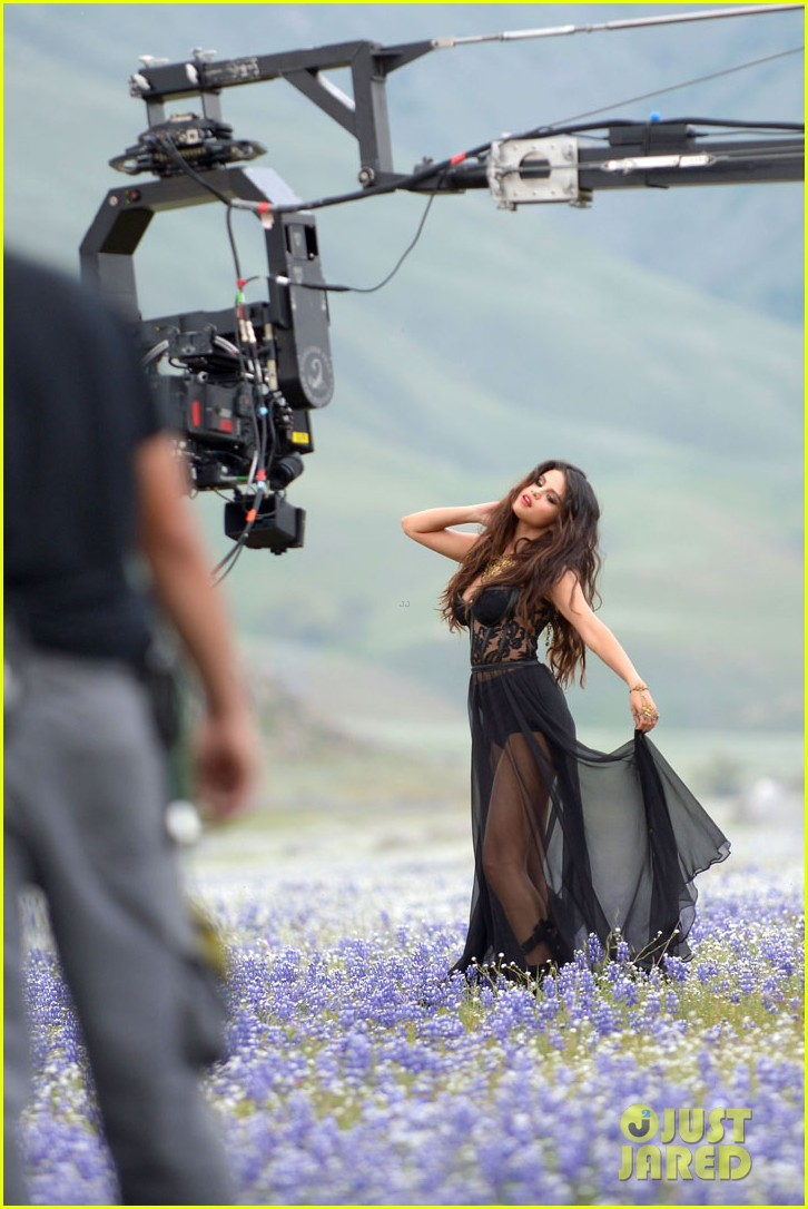 selena gomez come get it video shoot pictures 242866558