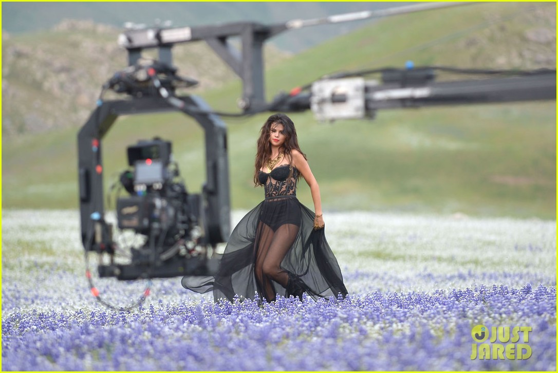selena gomez come get it video shoot pictures 252866559