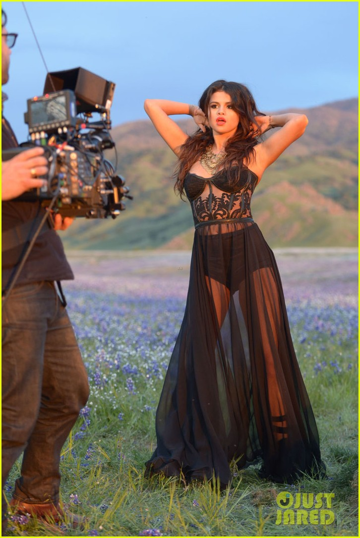 selena gomez come get it video shoot pictures 322866566
