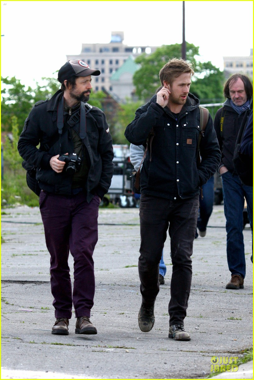 ryan gosling works with shirtless matt smith on monster set 03