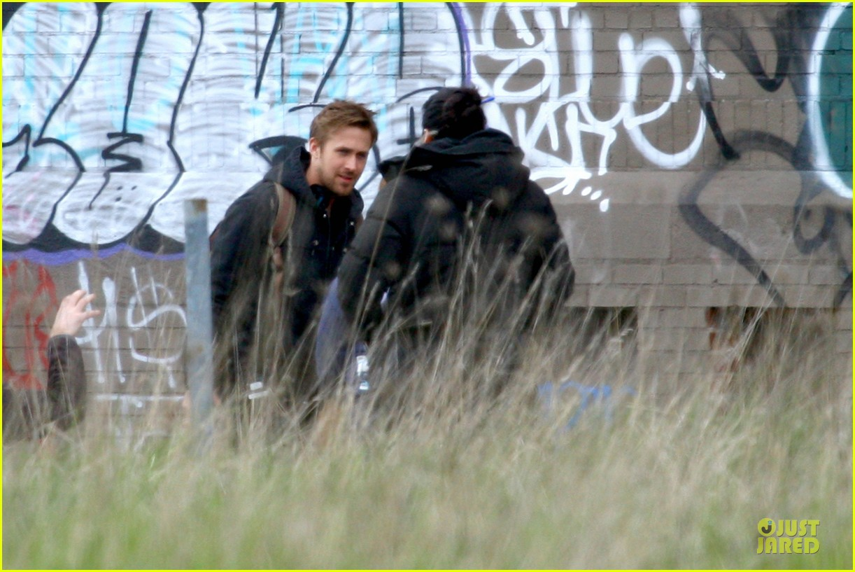ryan gosling works with shirtless matt smith on monster set 042869803
