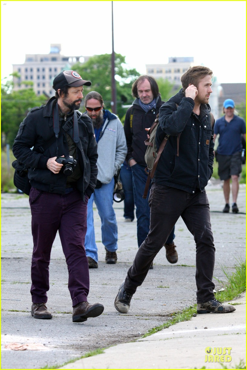 ryan gosling works with shirtless matt smith on monster set 112869810
