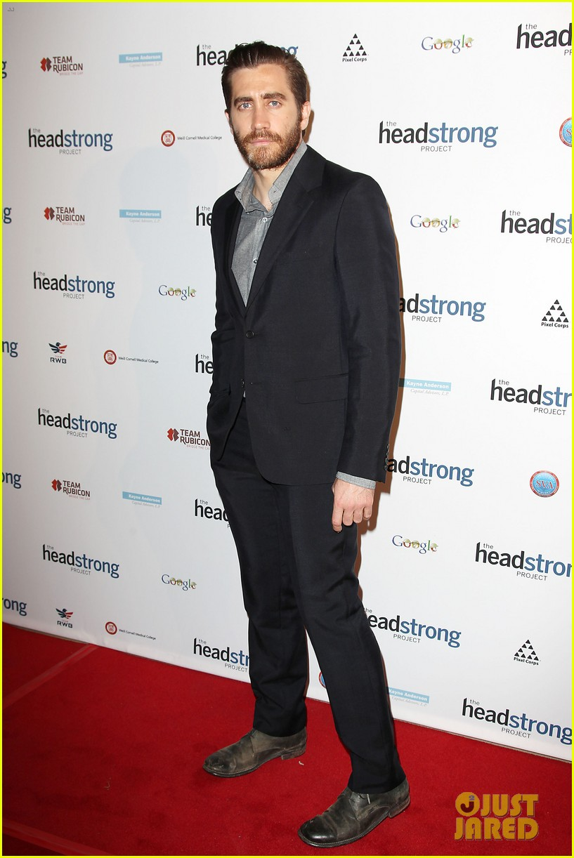 jake gyllenhaal anna chlumsky words of war event 01