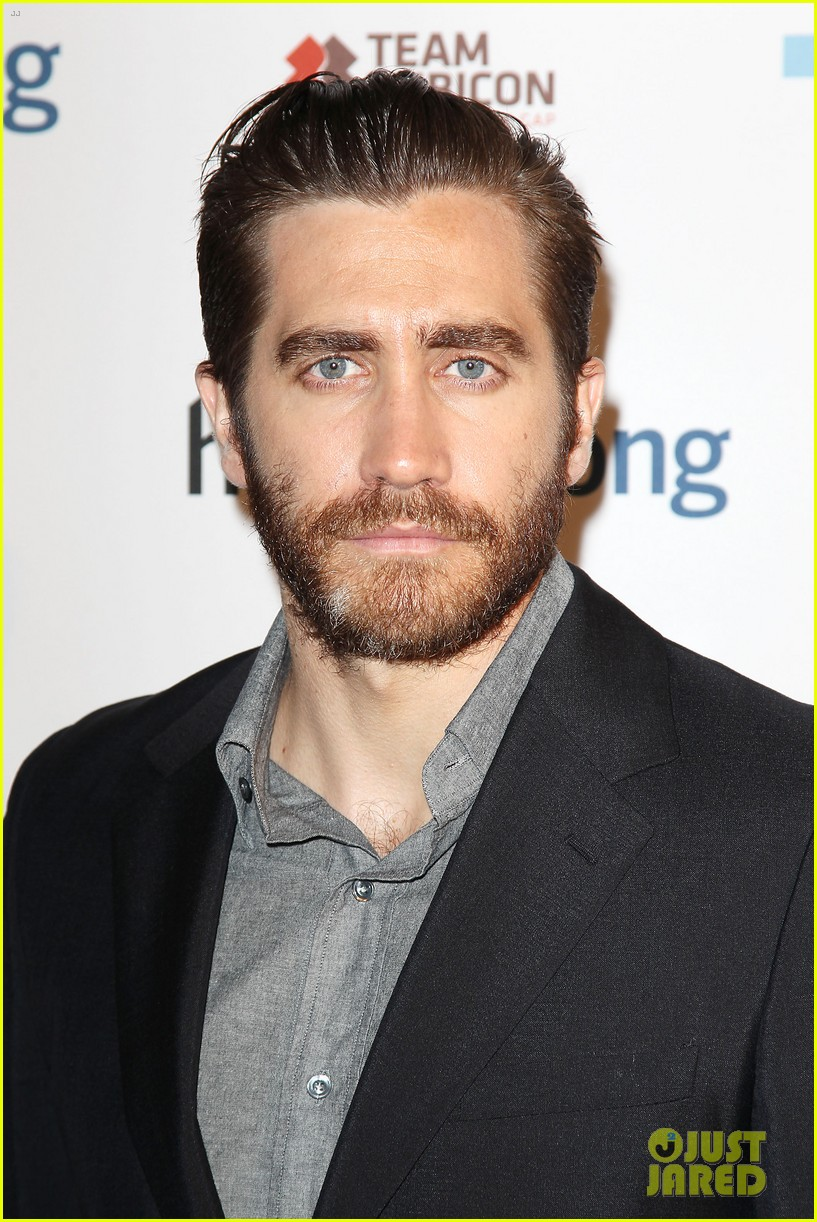 jake gyllenhaal anna chlumsky words of war event 02