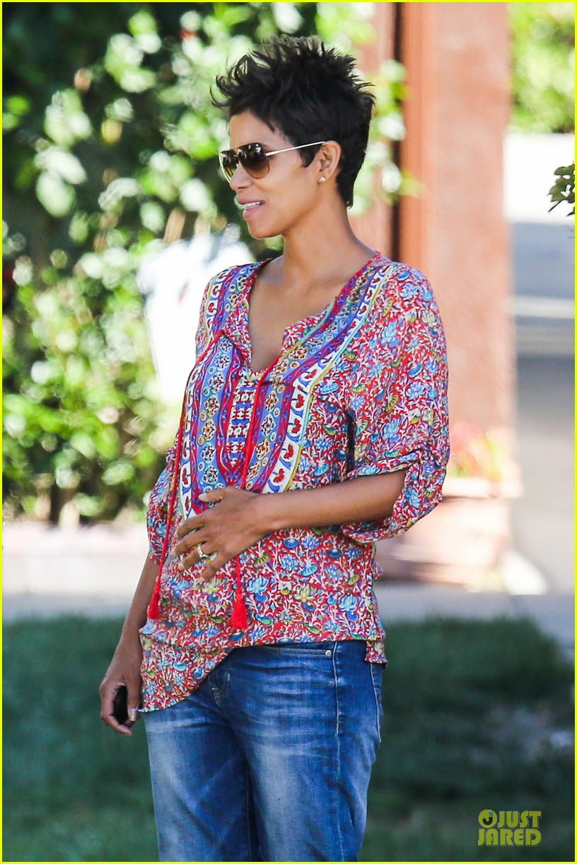 halle berry pregnancy is a miracle 022870236