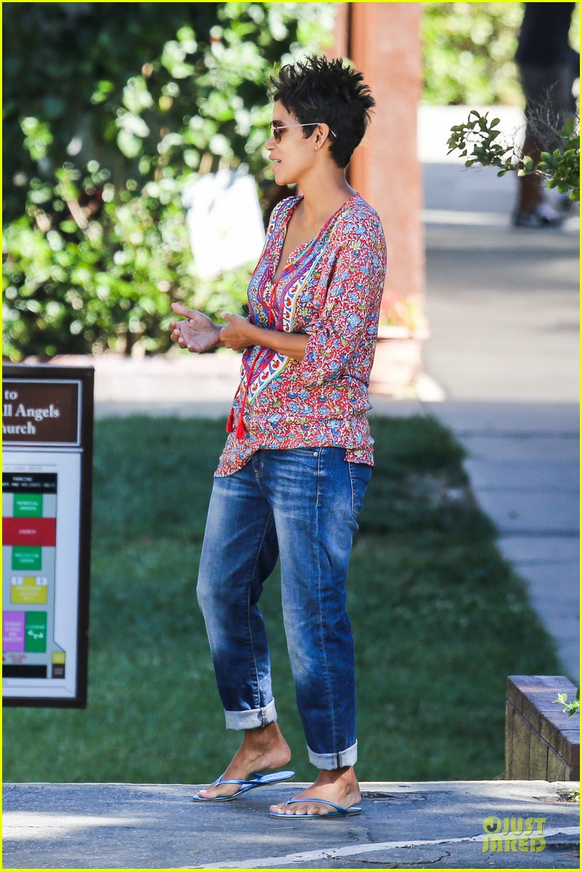 halle berry pregnancy is a miracle 152870249