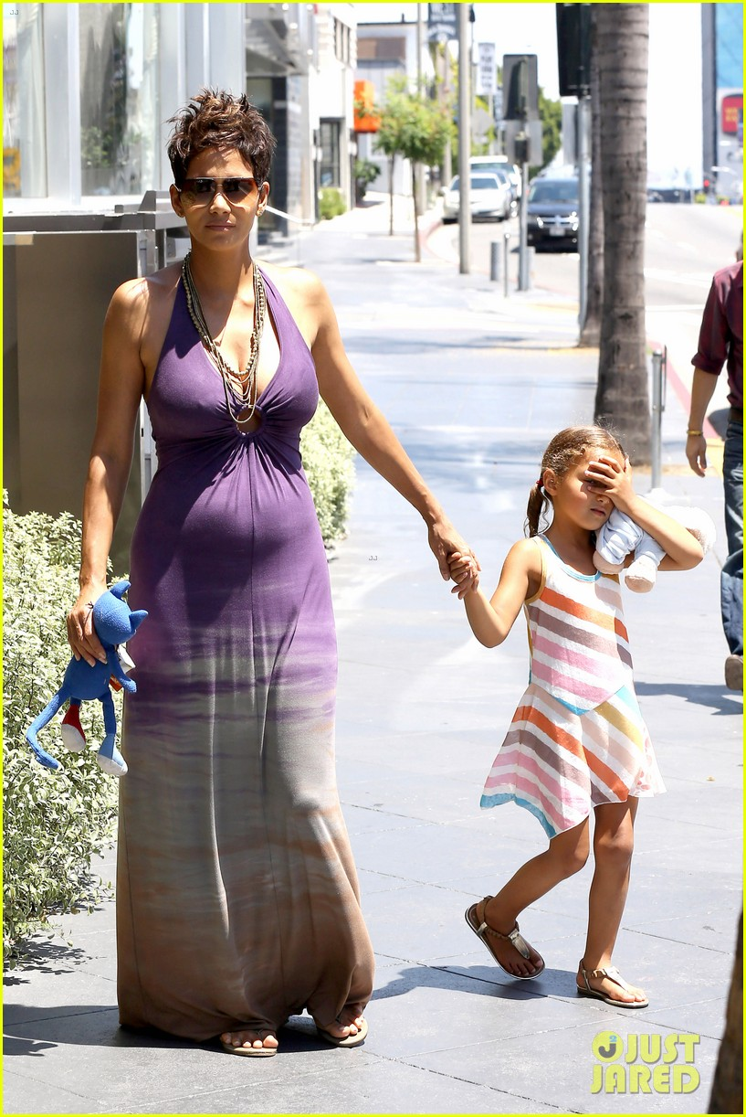 halle berry i love mothers day 092869233