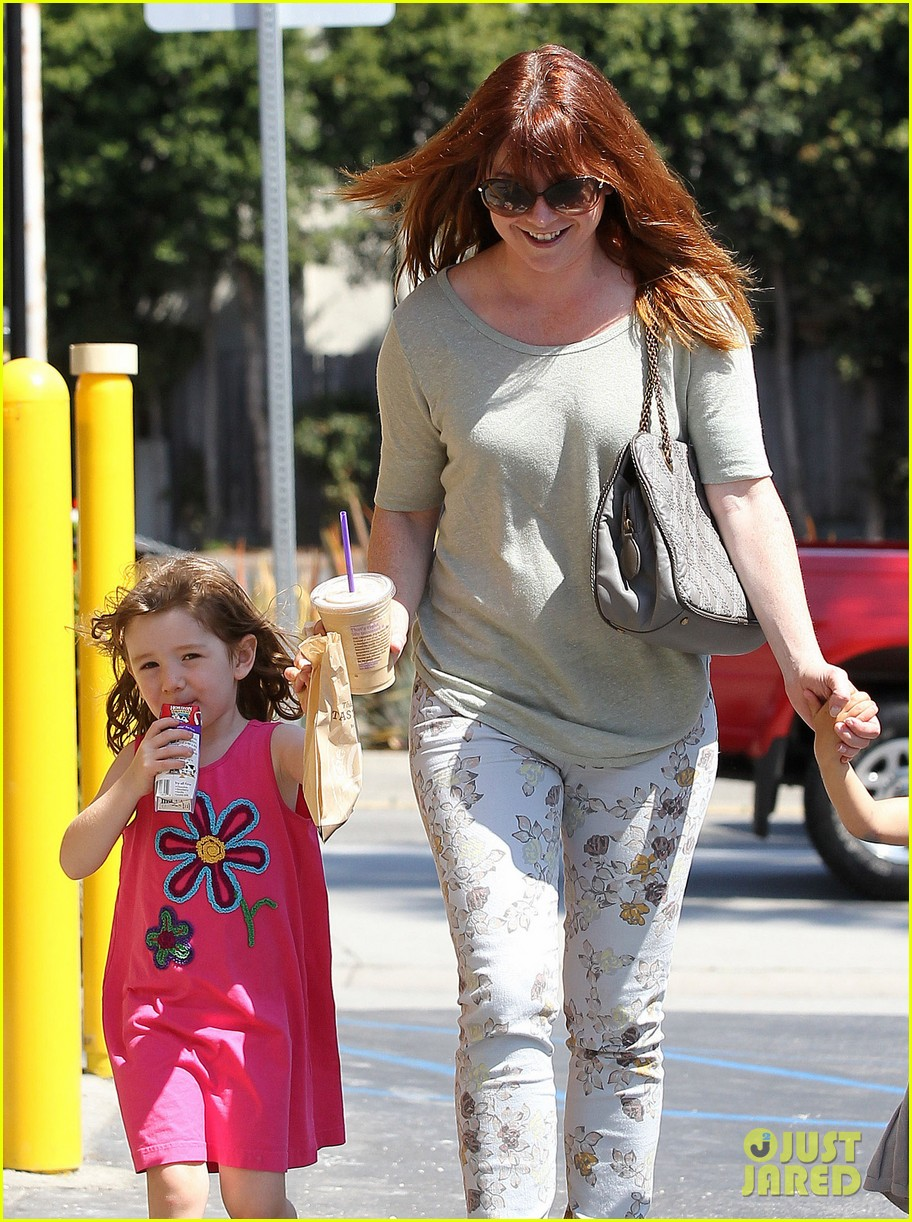 alyson hannigan grabs coffee after keevas first birthday 162880027