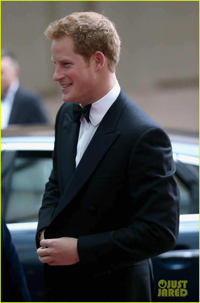 prince harry ellie goulding walking with the wounded gala 062881094