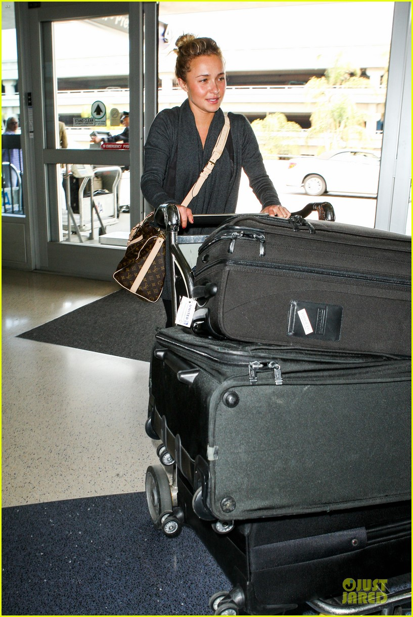 hayden panettiere conne britton memorial day weekend lax departures 032877967