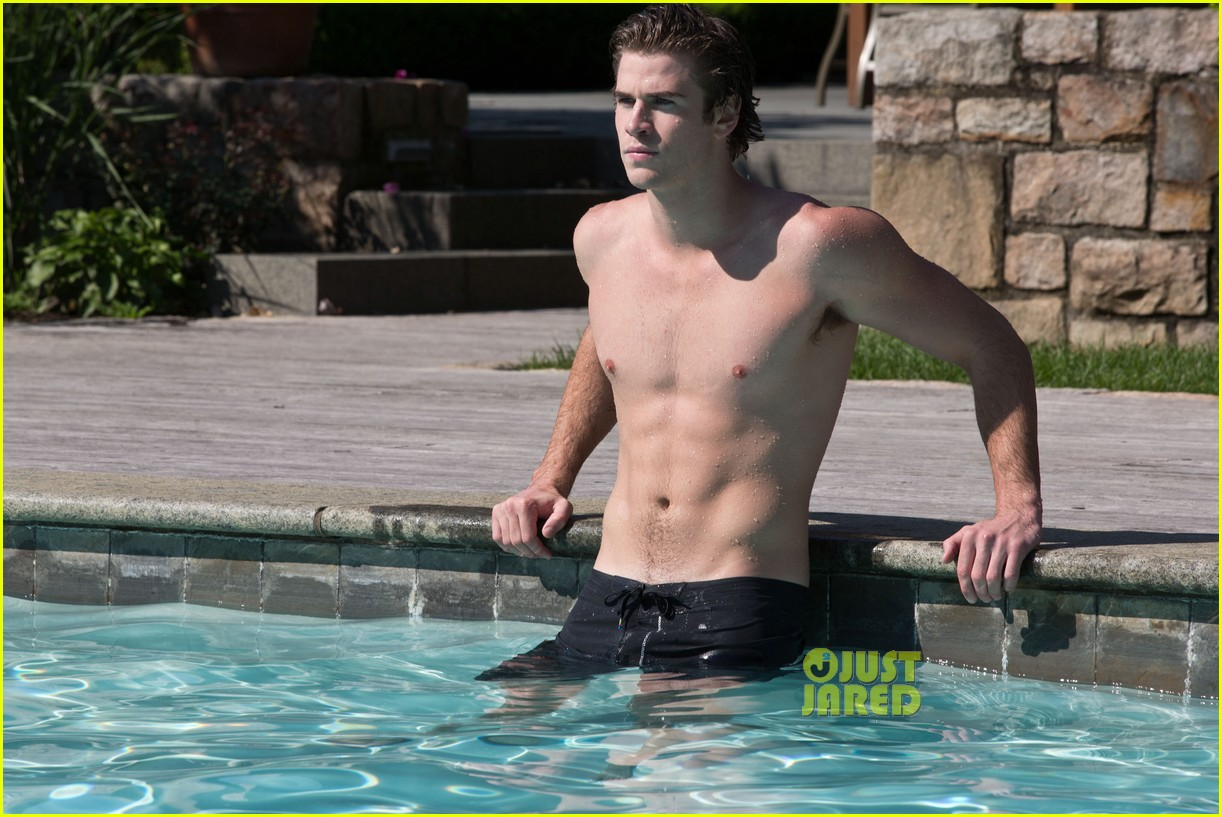 liam hemsworth shirtless in the pool for paranoia 052877586