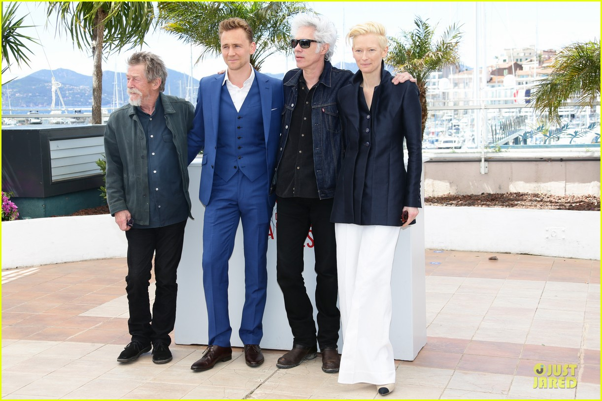 tom hiddleston tilda swinton only lovers left alive cannes photo call 16