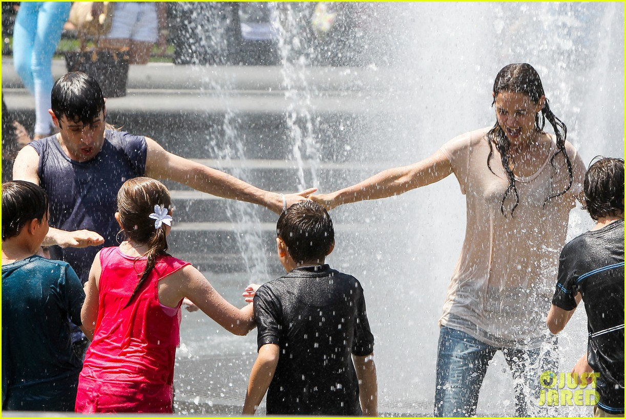 katie holmes soaking wet for mania days 242875561